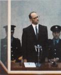 Photo de Eichmann lors de son procès à Jérusalemn en 1961